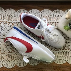 NWOT Nike Classic Cortez Sneakers Red White Blue